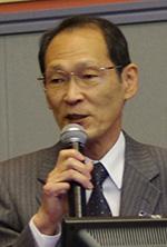 小峰健嗣理事長